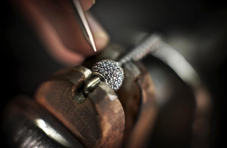 Ювелирные украшения: способы изготовления изделий, инструменты и  оборудование для работы в домашних условиях